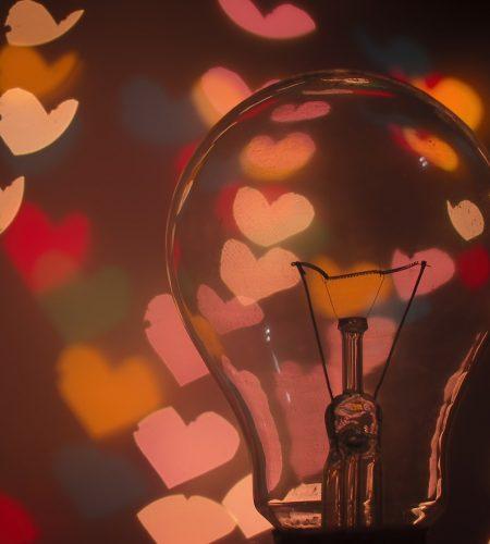 bulb-1866448_1280